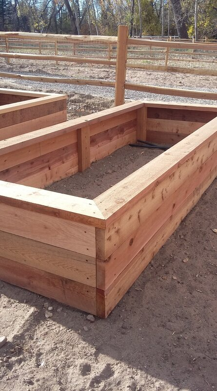 Wood planter box
